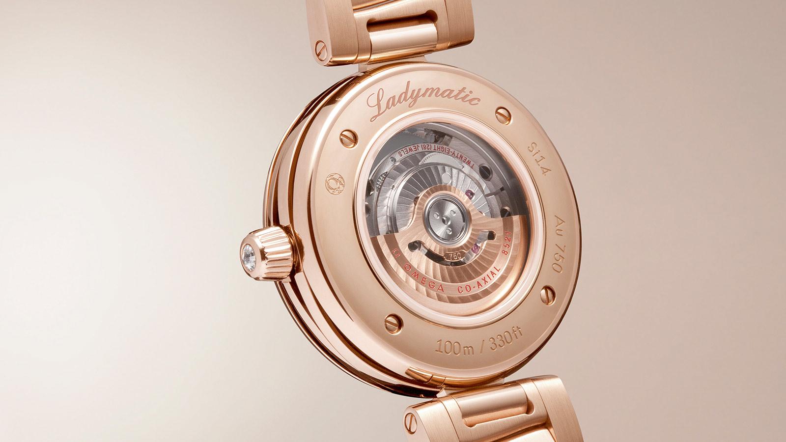 碟飞系列 LADYMATIC腕表 Ladymatic腕表 欧米茄34毫米同轴腕表 - 425.65.34.20.51.001 - 查看 3