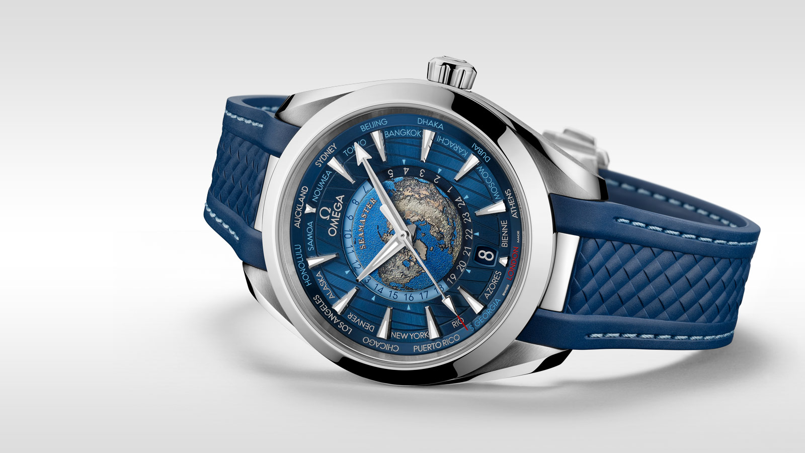 Seamaster 海马系列Aqua Terra 150米腕表 Aqua Terra 150米腕表 欧米茄同轴至臻天文台GMT世界时腕表43毫米 - 220.12.43.22.03.001 - 查看 2