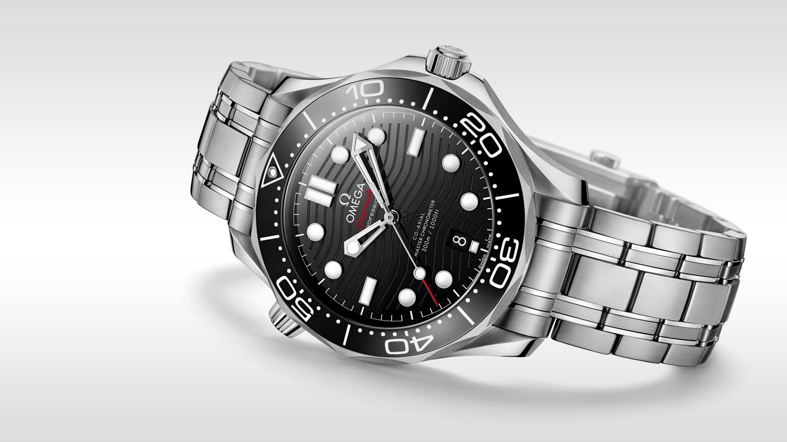 Seamaster 300米潜水表 300米潜水表 欧米茄同轴•至臻天文台表42毫米 - 210.30.42.20.01.001 - 查看 3