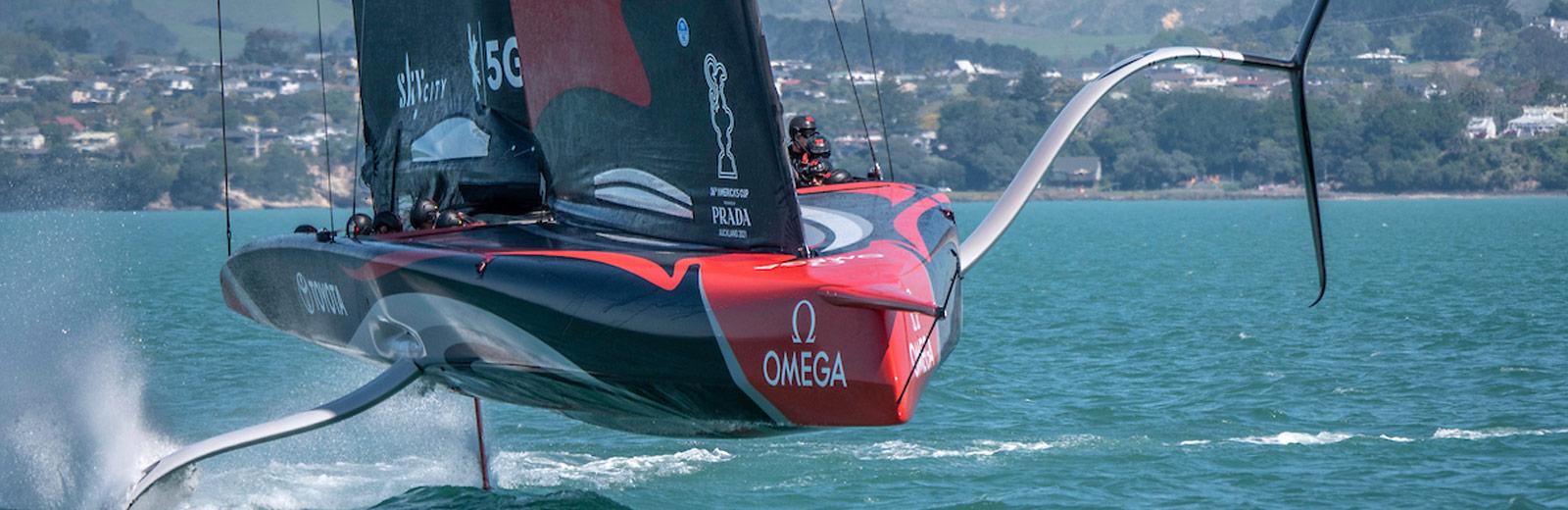 美洲杯帆船赛版腕表: Seamaster - 海洋宇宙600米腕表 - 帆船
