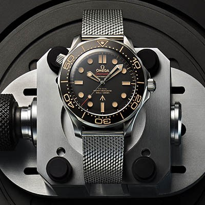 欧米茄隆重推出全新007腕表